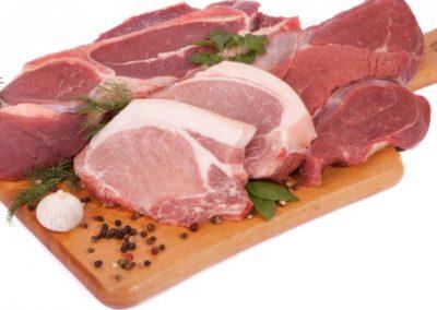 Sveže svinjsko in goveje meso z znanim poreklom